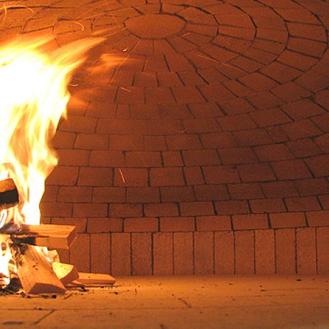 vatra u krušnoj peći